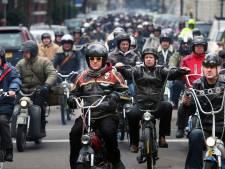 1 op 5 brommers in Den Haag volgend jaar in de ban, Groep de Mos wil Puch en Tomos redden
