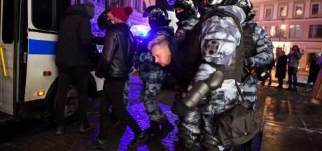 Russische politie arresteert ruim 1000 (!) demonstranten na veroordeling Navalny