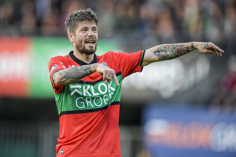 Lasse Schöne werd tijdens de verloren thuiswedstrijd tegen FC Utrecht na 73 minuten gewisseld. Beeld ANP