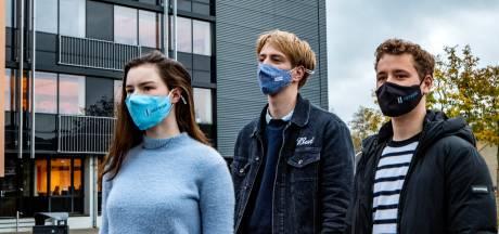 Stelling | Een school mag leerlingen zonder mondkapje  weigeren in de les