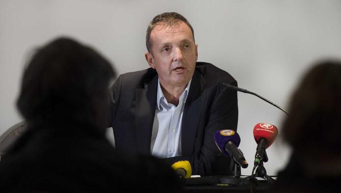 Algemeen directeur Zion Jongstra van TSN Thuiszorg legt een verklaring af tijdens een persconferentie van de grootste thuiszorgorganisatie van Nederland.
