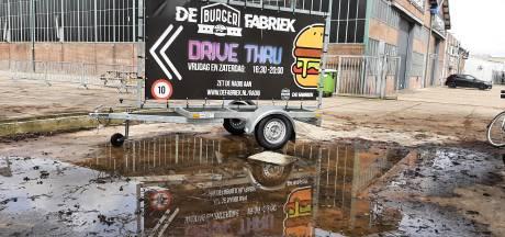 Niet de eerste botsing aan de Baanweg in Harderwijk, maar deze keer loopt het overleg uit de hand