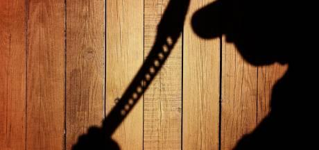 Verwarde jongeman dreigt met kapmes in Vollenhove: arrestatieteam ingezet