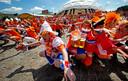 Oranjefans twijfelen er niet aan dat het in Boedapest net zo'n groots feest wordt als hier in 2012 in het Oekraïense Charkov.