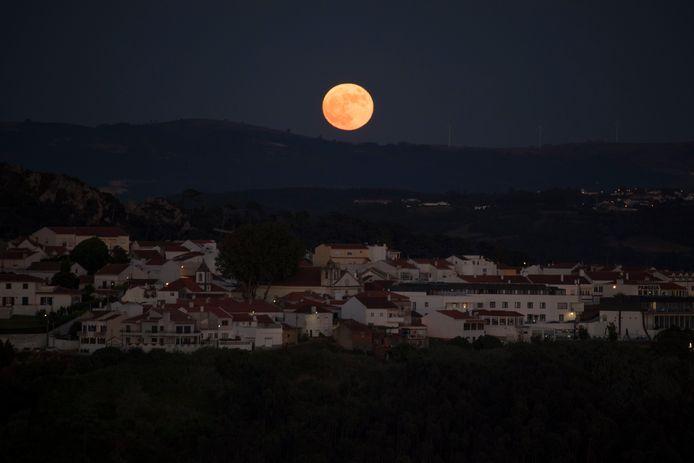 Nazaré, Portugal (24 juin)