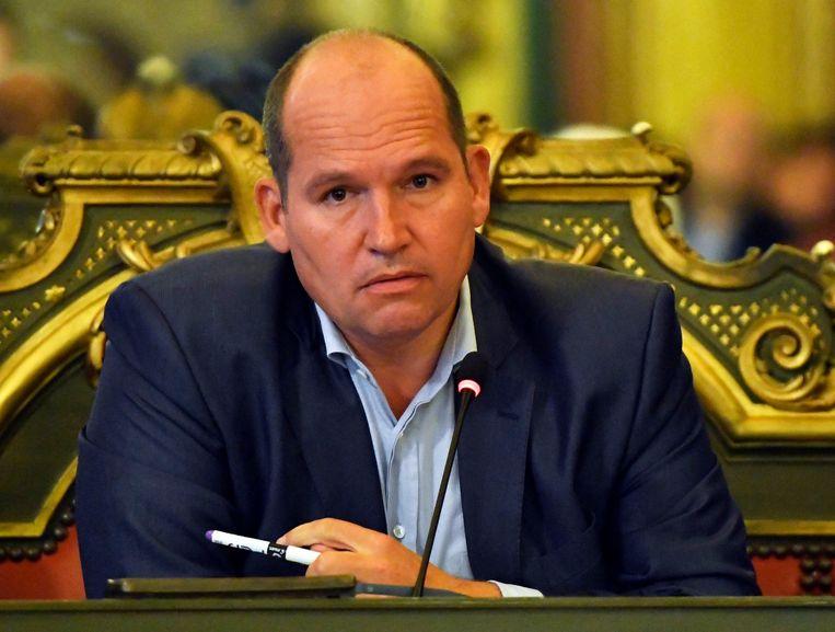 """De Brusselse burgemeester Philippe Close probeerde de oppositie te sussen met de belofte dat """"de cijfers bij de voorstelling van de begroting zullen volgen"""