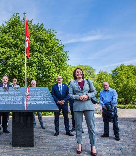 Monument voor Canadese bevrijders 75 jaar na Victory Parade in stilte onthuld
