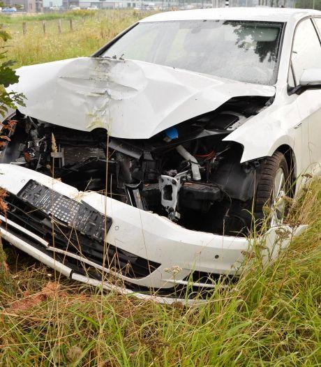 Bestuurster naar ziekenhuis door ongeluk in Breda