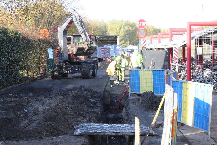De voorbije week werd gewerkt in het recyclagepark van Waarschoot, en bleef de poort noodgedwongen dicht.