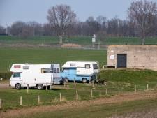 Ergernis over ontlasting bij camperplaats Grave: 'Het  gebeurt regelmatig dat mensen er hun behoefte doen'