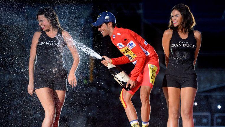 De 31-jarige Alberto Contador laat de champagne stevig knallen, hij scoort in de Vuelta drie op drie en geeft zijn palmares nog wat extra glans. Beeld Tim De Waele