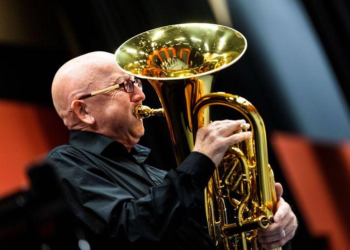 Steven Mead, wereldwijd gezien als een van de beste euphoniumbespelers ooit, was voor een masterclass op het conservatorium in Tilburg