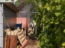 Melding van zwarte rook blijkt grote brand aan de Keileweg
