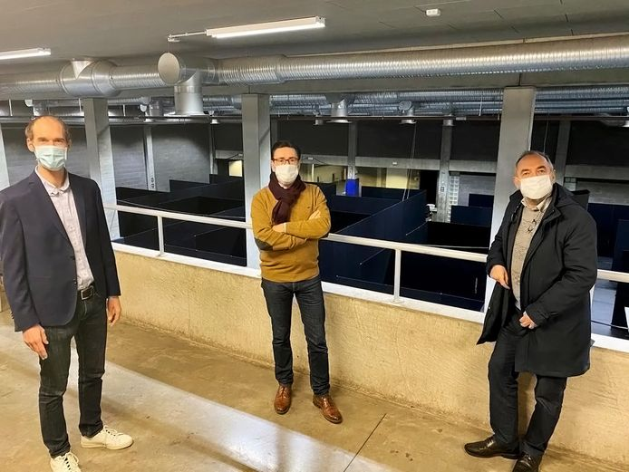 De drie burgemeesters brachten al een bezoekje aan het vaccinatiecentrum in Zottegem.