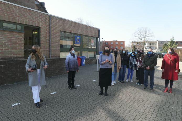 Toen burgemeester Gwendolyn Rutten (derde van links) van het idee hoorde was ze meteen verkocht.