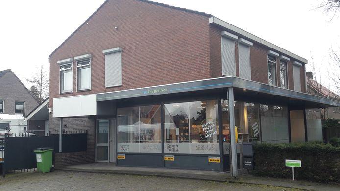 In dit pand aan de Ferdinand Bolstraat in Deurne komt een TEJO-huis.
