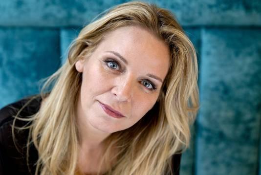 Esther Verhoef.
