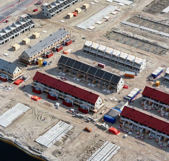Lingewaard wil in vier jaar tijd 1.010 woningen bouwen, maar veel bouwlocaties zijn nog niet klaar; of er zijn zelfs nog geen beoogde locaties.