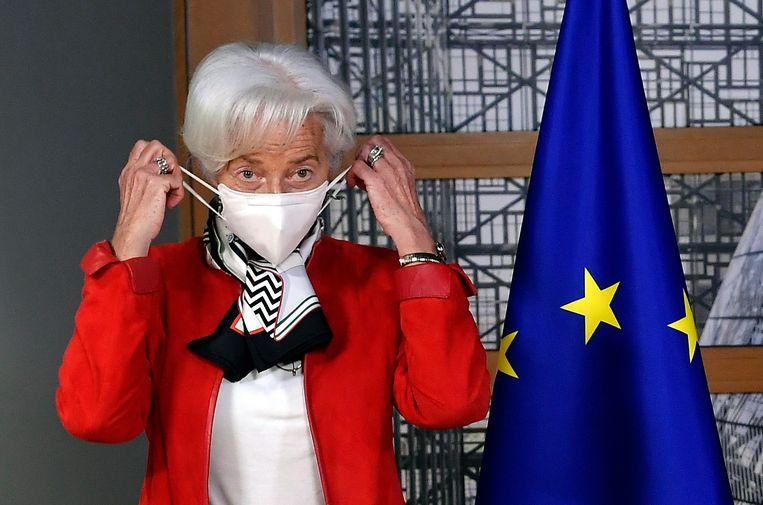De president van de Europese Centrale Bank (ECB), Christine Lagarde. voor aanvang van een vergadering in Brussel.  Beeld EPA