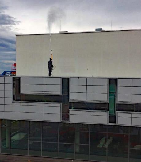 'Gevel poetsen' Aventus-gebouw Zutphen gaat gepaard met veel herrie