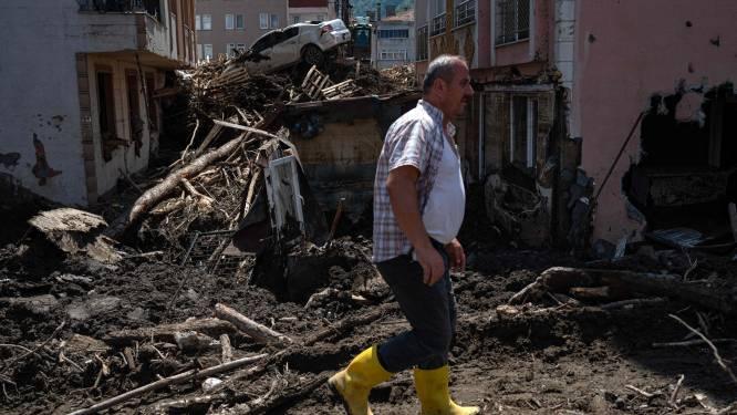 Nu minstens 70 doden door overstromingen in Turkije, reddingsacties voortgezet