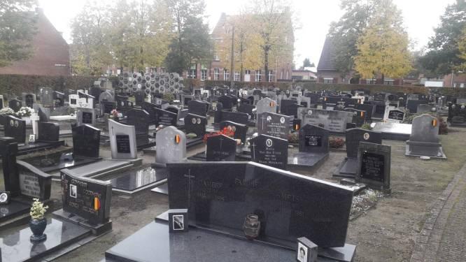 """Herdenkingsmoment voor overledenen tijdens corona op Grobbendonkse begraafplaatsen: """"Iedereen is welkom en inschrijven hoeft niet"""""""