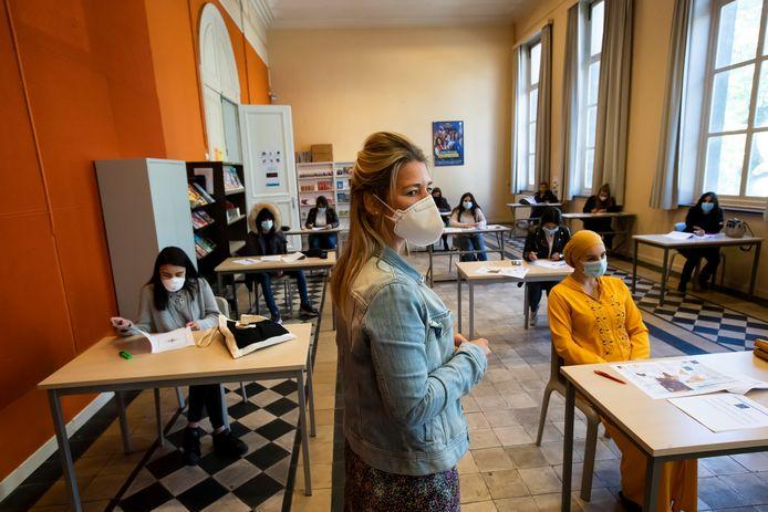 Een beeld uit het Atheneum Antwerpen. Een grootstad moet heel veel uitdagingen het hoofd bieden in het onderwijs.