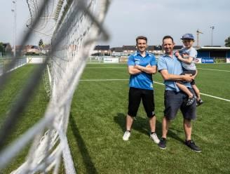 """Vaders organiseren eerste voetbaltoernooi in acht maanden tijd voor hun kinderen: """"Door corona nog nooit kunnen deelnemen aan toernooi"""""""
