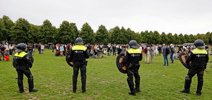 De ME moest gisteren na de demonstratie op het Malieveld ingrijpen.