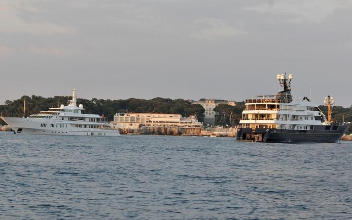 Les yachts des riches squattent la baie de Cannes durant le Festival.