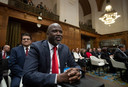 De minster van justitie van Gambia, Aboubacarr Tambadou wacht op de rechters in het Internationaal Gerechtshof (ICJ) in Den haag.