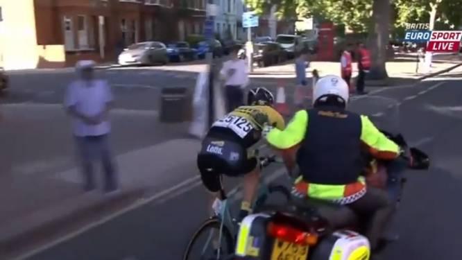 Onvoorstelbaar: daags na Van Avermaet ook Vanmarcke aangetikt door motard