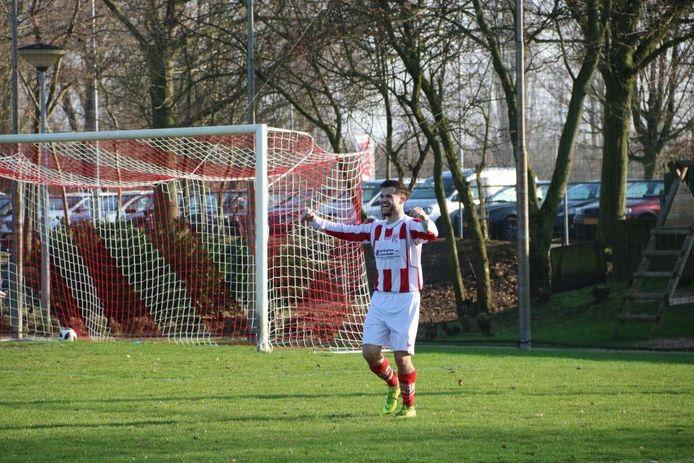 Bas Wanders scoorde tweemaal voor Rijnland tegen SVGG in Megchelen.
