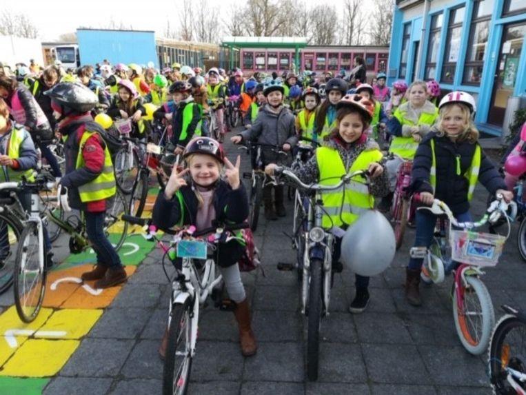 De leerlingen deden een fietstocht voor het klimaat.
