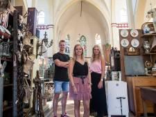 Je bent in de twintig en je koopt een kerk: Lieke, Jeske en Tim durven het in de Biest