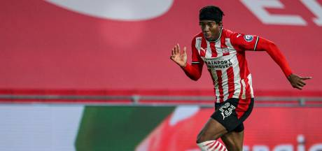Noni Madueke is op een geduldige manier ongeduldig bij PSV: 'Dankbaar hoe snel alles gegaan is'