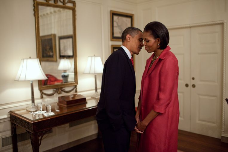 President Barack Obama en First Lady Michelle Obama in the Map Room van het Witte Huis.  Beeld The White House / Pete Souza