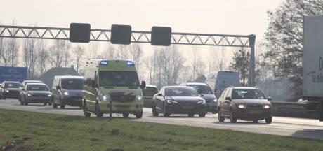 Flinke vertraging op snelweg A28 door ongelukken bij Nijkerk