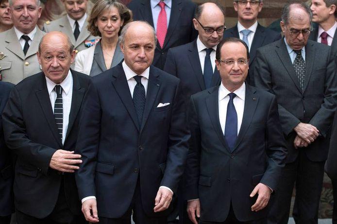 Laurent Fabius, au centre, voit une nouvelle fois son fils être dans le collimateur de la justice française. Cette affaire aura-t-elle des retombées?
