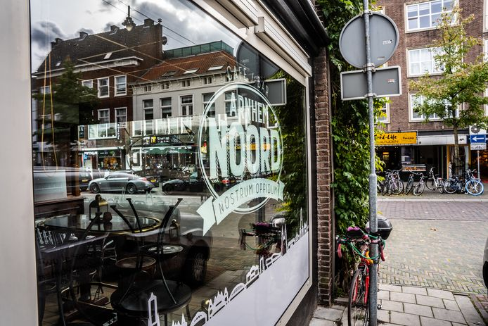 Café Arnhem Noord in de Steenstraat blijft dicht tot eind november.