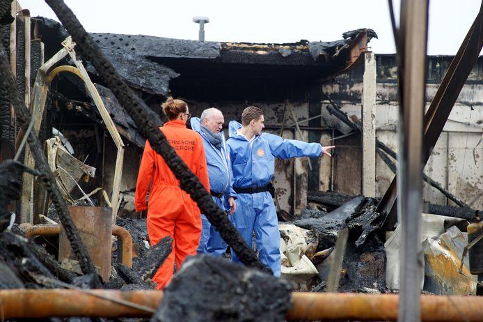De rechercheurs doen onderzoek ter plekke. Foto: FFU Press Agency