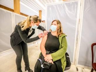 """Oostende trekt wijken in om vaccinatiegraad te verhogen: """"Zo'n 5.000 inwoners lieten zich nog niet inenten"""""""
