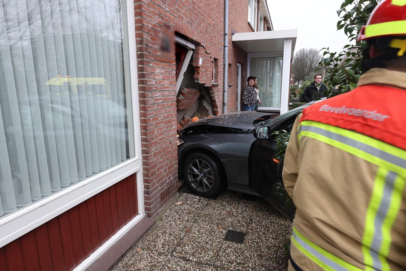 Vrouw ramt woning Eindhoven.
