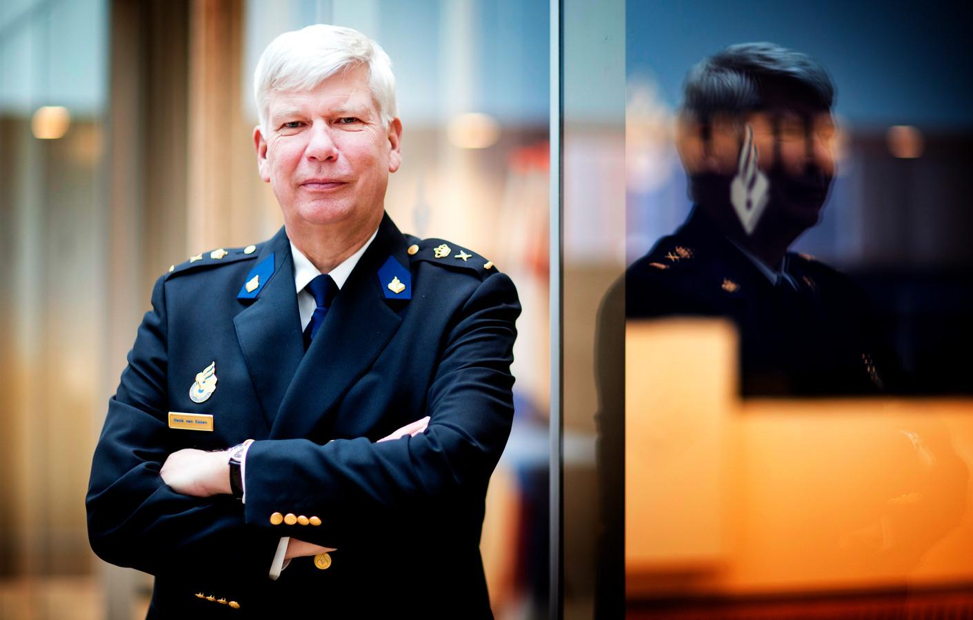 """Henk van Essen, Korpsleiding politie: ,,Het is heus niet allemaal hosanna bij de recherche, maar er gebeuren ook heel mooie dingen."""""""