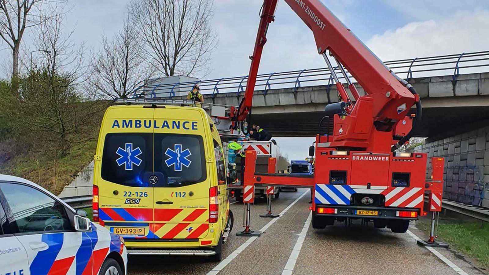 Het metershoge viaduct op N279 nabij Helmond.