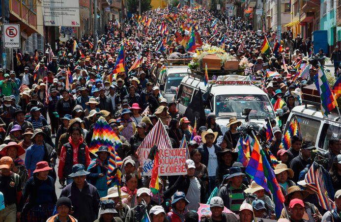 De stoet trok door La Paz, de belangrijkste stad van Bolivia.