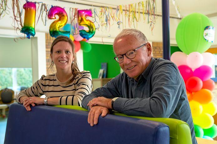 Basisschool Berkenveld bestaat 125 jaar. Leerkracht Anja en oud-leerkracht (en oud-leerling) Johan vertellen.