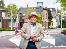 Holland op zijn smalst; Boskoop heeft niets aan een verkeersobstakel dat geen obstakel is