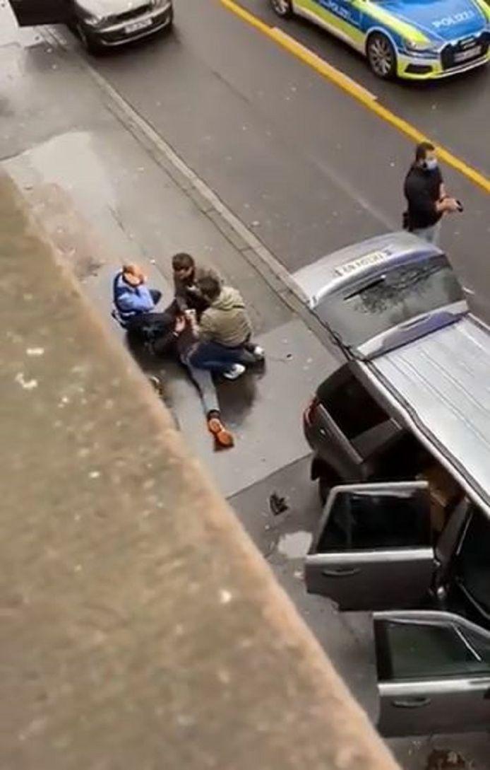 De politie ramde de wagen van de dader en wist hem daarna te overmeesteren.