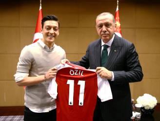 Özil stopt als Duits international